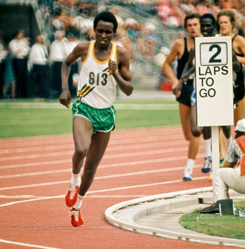 Filbert Bayi developed his unique style of running hard from the front after being jostled during the 1972 Olympic Games in Munich and it paid off when he set a world record for the 1,500m at Christchurch 1974 ©Getty Images